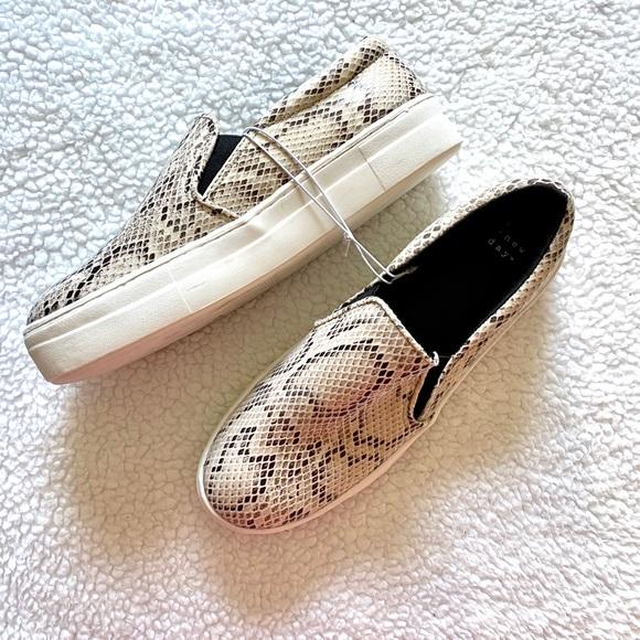 Shoes | Nwt Snake Skin Platform Slip